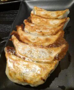 日本式の焼き餃子